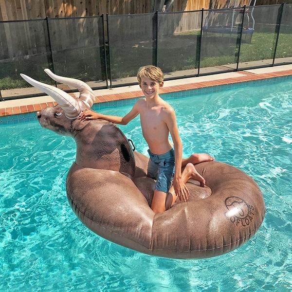 Bull Pool Float